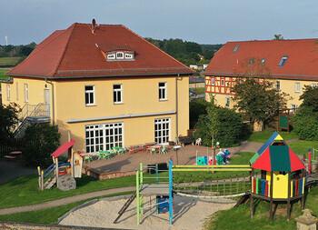 """Kindertagesstätte """"Kleiner Eisvogel"""" - Treben"""