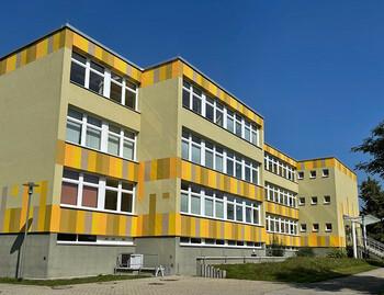 Staatliche Regelschule / Landschule Pleißenaue Treben